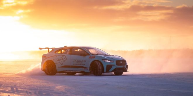 ABB fast-chargers prove reliability in frozen Arctic and desert heat